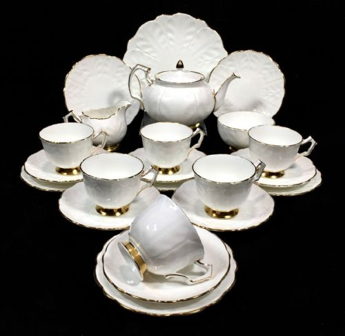 Vintage Aynsley Golden Crocus Tea Set for 6 People / White & Gold / Teapot